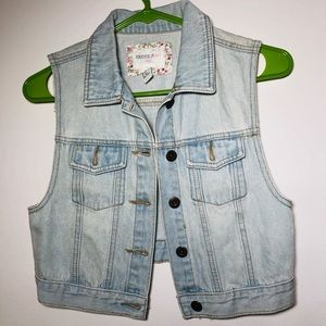 Forever 21 denim vest girl 13/14